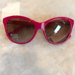 NWT sunglasses MK